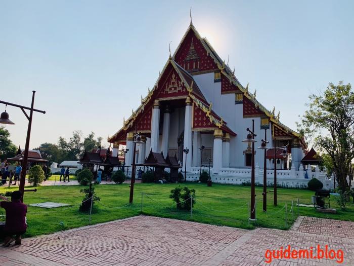 Wat Mongkhon Bophit Ayutthaya
